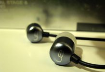 earphones hk